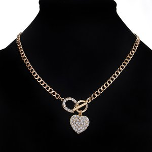 Woman Iced Out Pendant Jewelry Link Chain Bling Rhinestone Toggle Clasp Heart Romantic Love Pendant Short Necklace for Women Gift