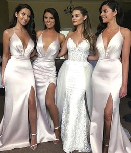 Sexy V Neck Ivory Bridesmaid Dresses Sweep Train Side Split Wedding Guest Gowns Plus Size Formal Party Prom Evening Dresses