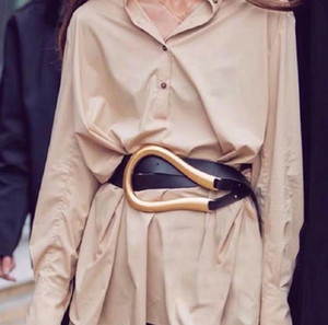 Конструктор пояса высокого качества из натуральной кожи Ремни для женщин Мода талии Женщины Coat Декоративные талии печать U-образной формы