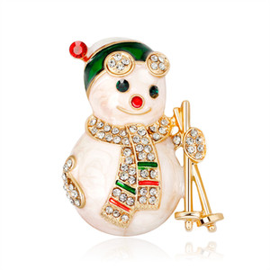 Lovely Cartoon Christmas Snowman Brooches Christmas Gifts Women Rhinestone Christmas New Year Brooch Pins Gift