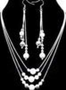 Großhandel -Tiefste Preis Weihnachtsgeschenk 925 Sterlingsilber-Art und Weise Halskette + Ohrringe Set S74