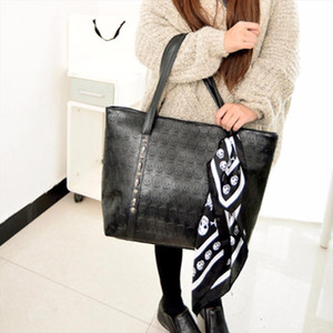 2020 Fashion PU Leather Women Skull Bag Female Solid Punk Shoulder Bag Soft Women Handbags Ladies Tote Sac a Main Drop Shipping