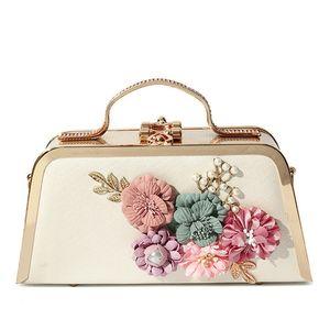 Catene acrilico Evening Bag Fiore Donne Fashion Box 3D Designer borse di lusso a tracolla Crossbody signora Party Pochette Portafogli C1016
