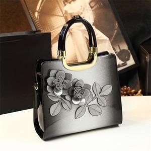 Nuevo bolso de lujo bolso de mujer Diseñador de la bolsa de patente de alta calidad Messenger Bag Ladies Office Clutch Red Boda Tote Top Manija C0121