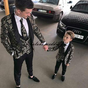 High consiglia Groomsmen Gressmen Groom Tuxedos Shawl Scialle Risvolto formale PROM PROM Party Suits Men Blazer Boy Abiti formale 3 pezzi (giacca + gilet + pantaloni)