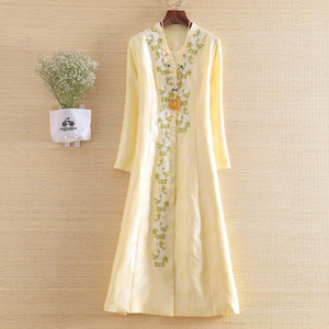 High-end New Autumn Women Trench Coat Elegant Embroidery V-neck Slim Lady Casual Outwear coat female S-XXL