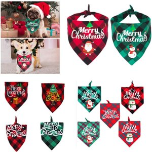 Dog Bandana do Natal da manta Pet lenço Triângulo babadores Kerchief Feliz Natal de Santa Snowman Imprimir Pet Bandana Para S M L Cat Dog Pet HH9-3575