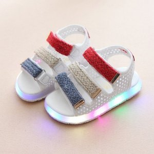 Kids Soft Breathable Sandals Children'S Sandals For Girls Luminous Lighted Shoes Boy Girls Colorful LED Lights Children Shoes