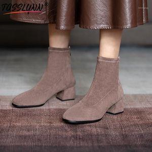 TASSLYNN 2020 Bottes d'hiver Femmes Mode Foulie Femme Bottines Bottines Faux Suisse Slim High High Heel Zip Round Toe Shoes1