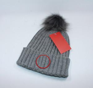 Berretti lettering Cap Uomini Donne Warm maglia di lana Cappello Moda Solid Hip-hop del cappello del Beanie Cap Unisex
