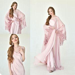 Zwei Stücke Brautnachtwäsche weiche Chiffon Applizierte Lace Long Sleeves nach Maß Sweep Zug Günstige Abendroben Nightgown