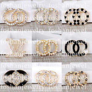 Top Designer Brooch Diamond Pearl Brooches Pin C Letter Women Luxury Brooch Designer Jewelry Decoration Best Quality