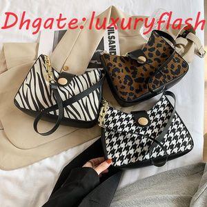 HBP LuxuryFlash Axilero Cadena de las mujeres Otoño e invierno 2021 Nuevo hombro de un solo hombro Mil Bird Lattice Handbag Bolso de moda