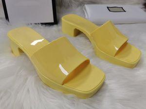 2cm 플랫폼 숙녀 플립 플롭 로퍼 블랙 화이트 슬라이드 CHAUSSURES 방언 신발과 슬라이더 여성 샌들 비치 슬리퍼 6cm 힐 높이