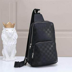 الرجال تصميم حقيبة الخصر CROSSBODY حقيبة فاخرة فاني حزمة في الهواء الطلق العلامة التجارية حقائب الكتف الأزياء حقيبة B102681K