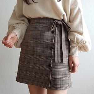 AILEGOGO NUEVO 2020 Otoño Invierno Mujeres Falda Botón Bow Plaid A-Line Sobre Knee Mini Empire Moda Estilo Coreano SK60581