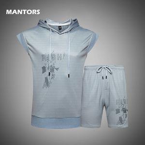 Summer Sportswear 2020 Men Sets Print Hooded Tracksuit Casual Mens T-shirts Sets Sleeveless Tank Tops+Shorts Brand 2 Pieces Set 1004
