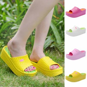 2020 Thick Soles Fashion Women indoor slippers Summer Sandals Platform Shoes Beach Hole Shoes claquette femme chaussure#L35