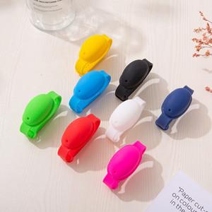 10Ml Mano desinfectante pulsera de pulsera de silicona en forma de corazón pulsera Portátil dispensar exprimidor Squessy desinfectante Brazalete Favor de regalo HWC3249