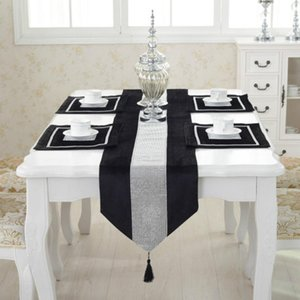 Diamante Velvet Modern Table Runner + 4 jantar Tablemats Início Wedding Party Decor Placemats Decoração NO capa de almofada