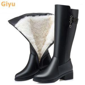 Giyu 2020 Inverno moda Botas de Couro Genuíno Plus Size Lã Botas Altas Botas Joelho Sapatos Low-Heeled Mulher1