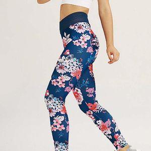 المرأة سريعة الجافة الرياضة اللياقة البدنية leggins المطبوعة السراويل الرياضية اليوغا طماق ضئيلة الجوارب السراويل للأزياء الأزرق KG-616