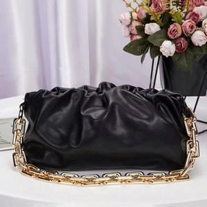 New big chain fashion ladies cloud bag one shouldered armpit holding bag for dinner wrinkled bag