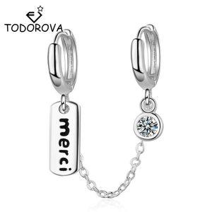 Тодорова нежный двойной пирсинг серьги серьги женщин два уха отверстия буквы Merci Tag Tiny CZ Hoop Серьги хрящевые ушные кольца