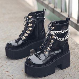 Çizmeler kadın Ayak Bileği Patent Deri Gotik Siyah Kadınlar Metal Zincir Tıknaz Platformu Moda Bayanlar Punk Tarzı Ayakkabı