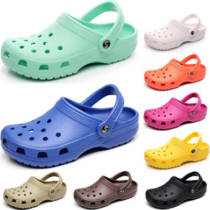 2021 Klasik Delik Ayakkabı Erkekler Kadınlar Nave Terlik Üçlü Beyaz Siyah Pembe Offee Kraliyet Erkek Rahat One-Adım Açık Hafif Sandalet