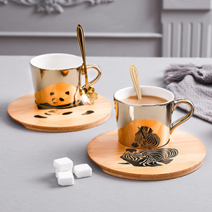 New Creative Gold Mirror Reflection Cup And Wood Saucer Coffee Mug Cup Breakfast Milk water Tea Mug Friend Birthday Best Gift Y1124