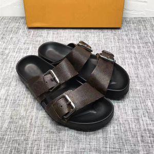 Paris Sliders Mens Sandales d'été Femmes Beach Pantoufles Dames Flip Flip Mocassins Classic Mono Gram Diaposibles Chaussures Brown Chaussures avec Boîte
