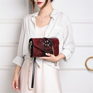 Alligator Chain Vintage Crossbody Bags for Women Fashion Elegant Travel Shoulder Messenger Bag Lady Phone Purse