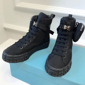 Sapatos de desenhista Roda Re-Nylon High Top Homens Mulheres Plana Sapatilhas Plataforma Fahion Branco Pano Preto Lace-Up Runner Trainers com bolsa 260