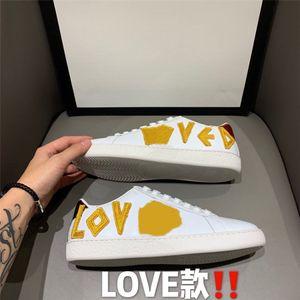 Ot Sale-Italian Dener Top Hommes Femmes Zapatillas Guiseeppes Real à Barreau Real Rivet Récréatif Casl Soe Arena Sneakers # 68066666