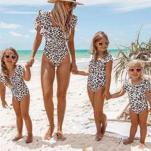 Mom Baby Swimwear One Piece Bodysuit Parent-child Beach Wear Monokini Girl Leopard Swimsuit Kids Bathing Suit Female T200708