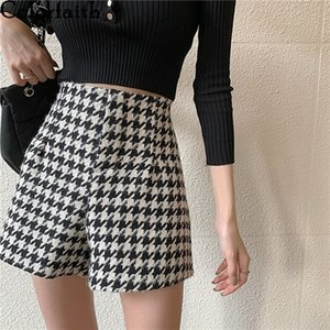 Colorfaith New 2020 Autumn Winter Women Shorts Wide Leg High Waist Fashionable Woolen Tweed Checkered Lady Shorts Trousers P7774 Z1205