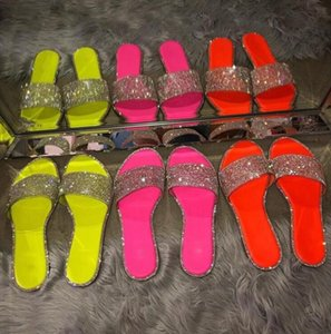 Glitter Slippers Women Summer Sandals 2021 Fashion Bling Female Candy Color Flip Flops Beach Diamond Flat Shoes Outdoor Sandals