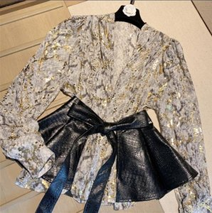 The new autumn 2020 hot stamping printed lantern sleeve chiffon shirt with long sleeves Pu leather belt two-piece set