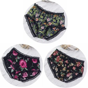 3PCS / 많은 얇은 친한 소프트 통기성 여자 속옷 플라워 프린트 플러스 사이즈 5XL 섹시한 란제리 여자의 팬티 세트