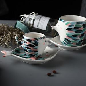 2019 New Design Kissing Fish Ceramic Coffee and Saucer Funny Porcelain Fashion Zakka Tazas Cafe Espresso Couple Mug Cup Gift Q0105
