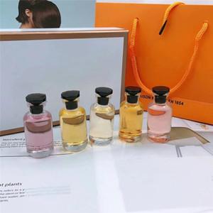 Üst Moda Yüksek Kaliteli Bayan Koku Koleksiyonu 5 adet Set 5 in 1 Parfüm Sprey Parfüm 10 ml * Kadınlar için 5 adet