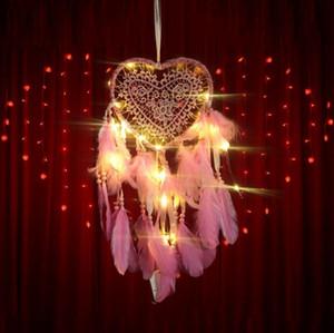 LED Luz Handmades Dreamcatcher Wind Chimes de viento Hecho a mano Dream Catcher Red Plumas Colgando Dreamcatcher Artesanía Regalo Decoración del hogar DDA2866