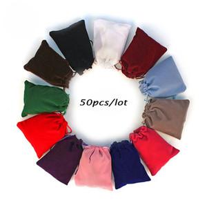50pcs / lot 5x7cm 7x9cm 8x10cm 9x12cm Coloful Velvet Sac Bijoux Emballage Velvet Drawstring Pochettes Sacs-cadeaux Personnalisé
