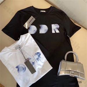2020 Yeni Erkek Kadın Tasarımcılar T Gömlek Moda Erkekler S Casual T Shirt Adam Giyim Sokak Tasarımcısı Şort Sleeve 2021 Giysi Tişörtleri 20ss