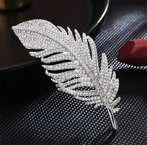 Full Diamond Feather Brooch New Elegant High Grade Diamond Inlaid Wedding Brooch Wedding Diamond Collar Pin Bride Accessories Free Shipping