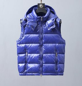 European popular logo and vest down vest men and women with white duck down fill light and comfortable to keep warm