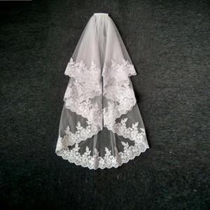 Disponível curto personalizado feito sob encomenda véu de duas camadas água-solúvel lace applique borda de borda estrangeiro véu para festa de casamento