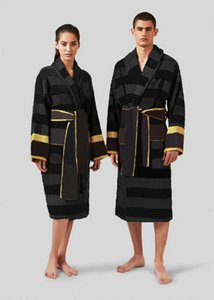 Luxurys Designers Men 'Sleepwear Hot Moda Mulheres Vestes Sólida Cor Cinto Belted Manga Longa Manga Unisex Pijamas De Alta Qualidade Nightwear Branco