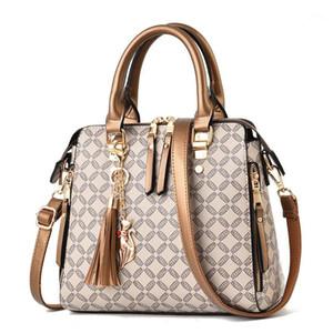 Quaste Crossbody Tasche für Frauen 2020 SAC A MAIN FEMME DAMEN Handtasche Luxus Handtaschen Designer gesteppte Plaid Bags1